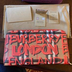 New Burberry wallet England London 😍